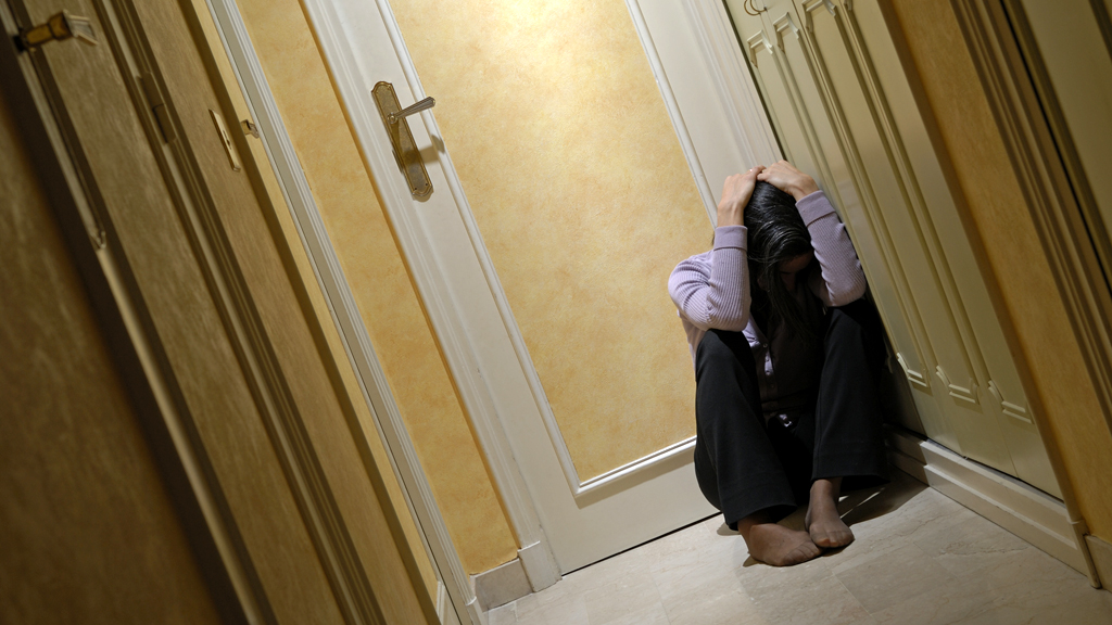 Violence against women 'part of everyday lives' in UK (G)