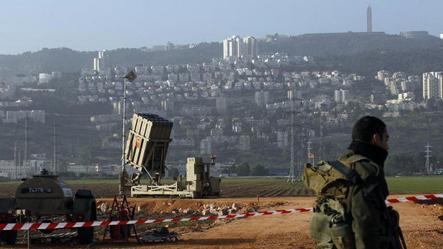Israel 'strikes convoy' on Syrian-Lebanese border (R)