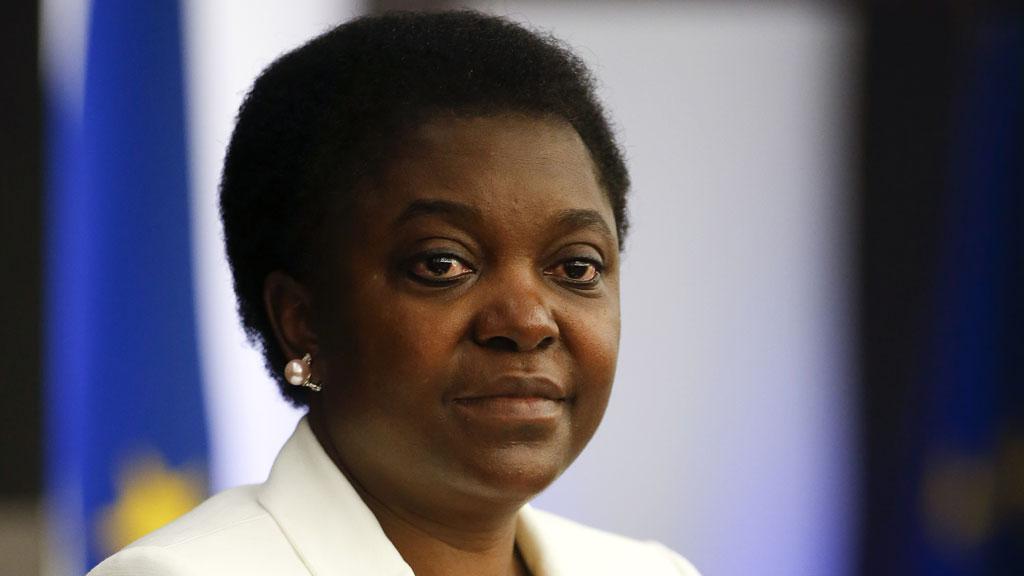 Cecile Kyenge (R)