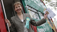 Green Party leader Caroline Lucas (R)
