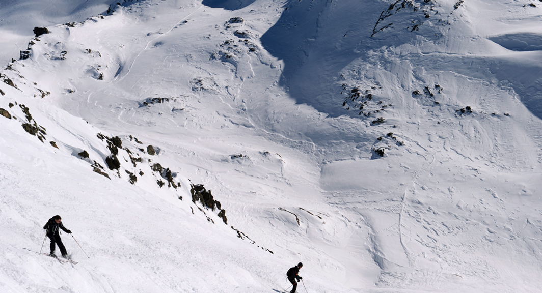 Father and son dead in the Alps after fall