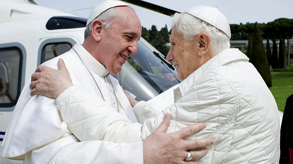 Popes meet for lunch in Italy (Image: Reuters)