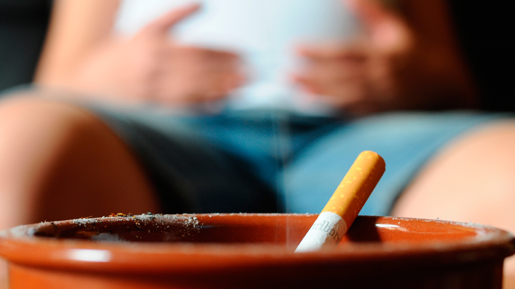 Pregnant women to be tested for smoking (G)