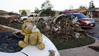 Oklahoma tornado: rescuers say they are 98 per cent sure no more bodies or survivors will be found (picture: Reuters)