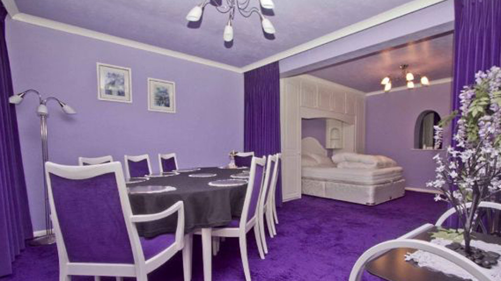 The Colour Purple The House Licked By Cadbury Channel 4 News