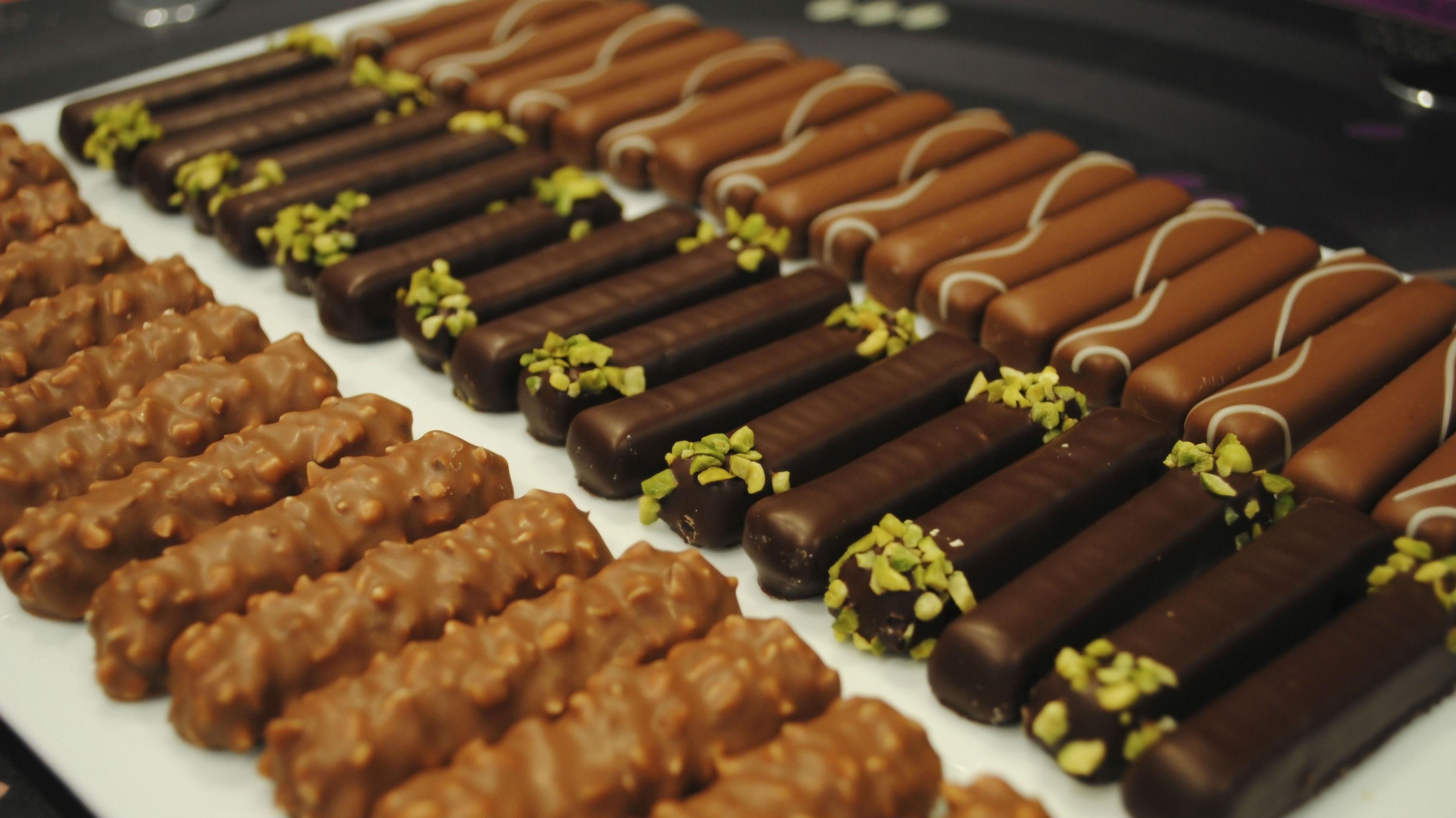 chocolate bars by Valrhona (getty)