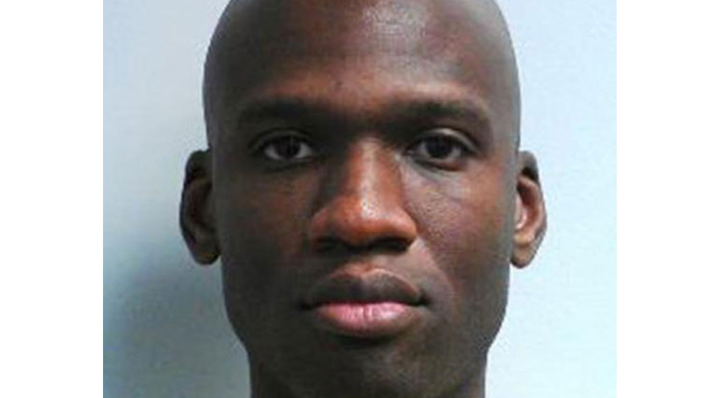 Investigators say there is no evidence that a second suspect was involved in the shooting spree at the Washington Navy Yard that killed 13 people, including suspected gunman Aaron Alexis (R)