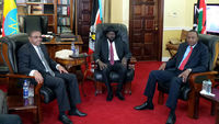 DECEMBER 26: South Sudan President Salva Kiir Mayardit (C) meets with Ethiopian Prime Minister Hailemariam Desalegn (L) and Kenyan President Uhuru Kenyatta (R) on December 26, 2013 in Juba, South Suda