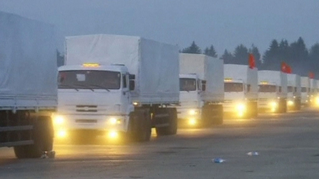 Kiev says it will not allow Russian lorries carrying humanitarian aid to eastern Ukraine to cross the border unless the Red Cross is involved (Reuters)