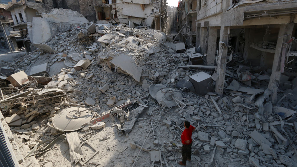Impact of barrel bomb in Aleppo