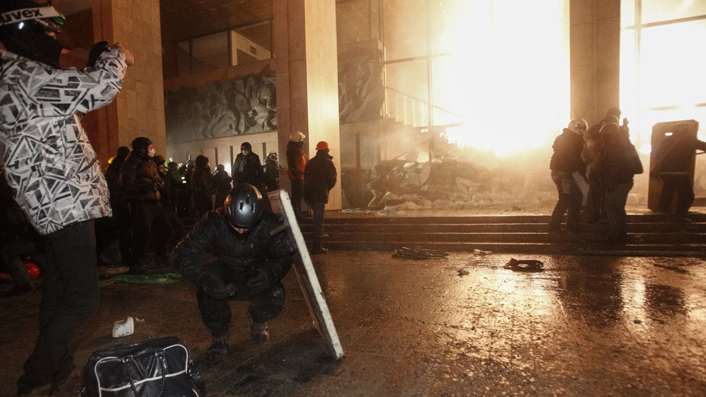 Ukraine protests: demonstrators attack Ukrainian House (picture: Reuters)