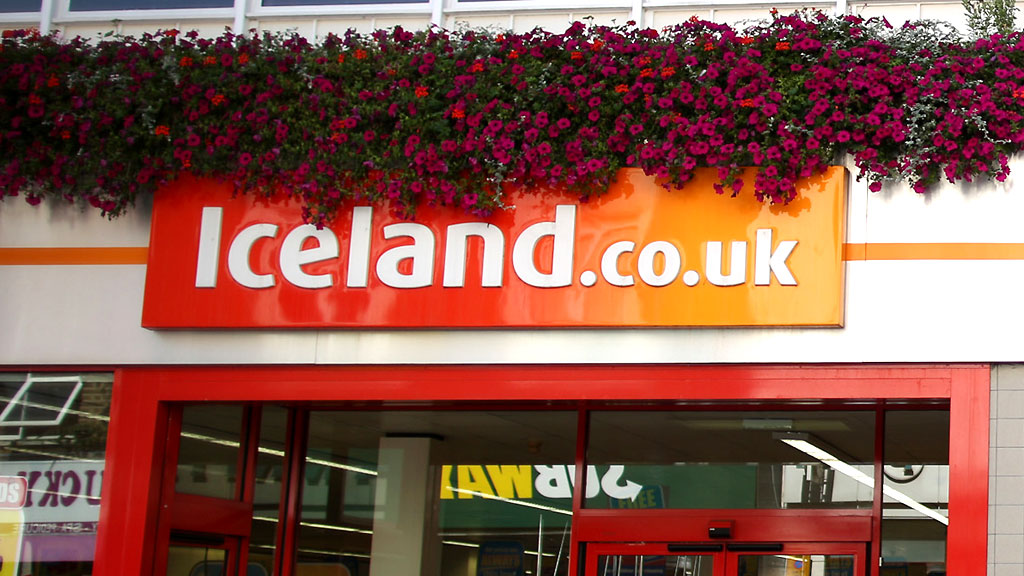 Iceland denies pressing charges over 'stolen' food