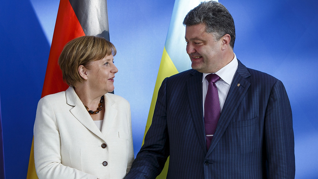 Ukraine: new president Petro Poroshenko defies Russia in inaugural address