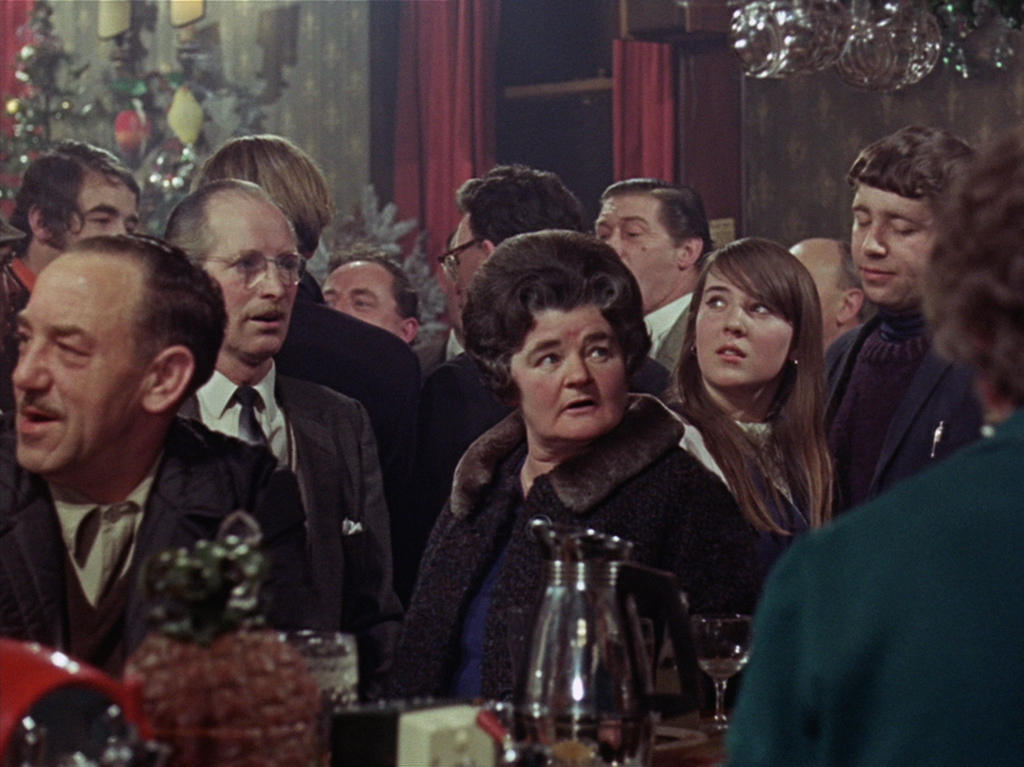 How we Used to Live - pub scene. (Heavenly Films, Bedlam Productions, BFI National Archive)