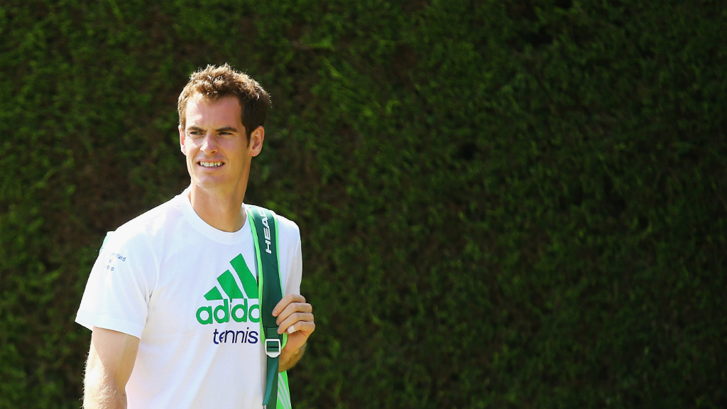 Andy Murray gets ready to defend his Wimbledon title. (Getty)