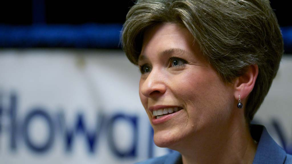 Joni Ernst (Getty)