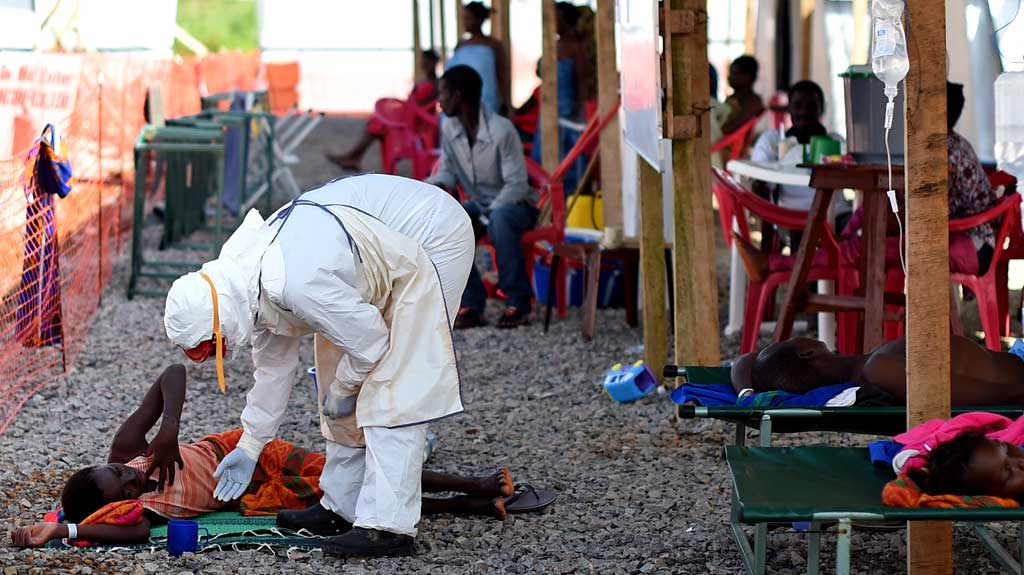 I felt I had to act NHS volunteers leave to fight Ebola