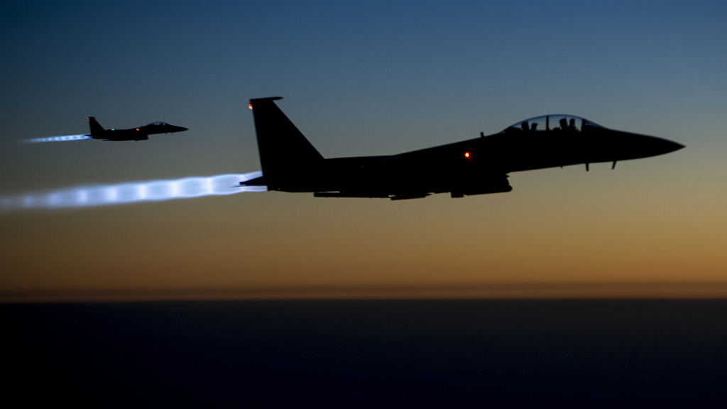 US fighter jets in action against Islamic State in Syria