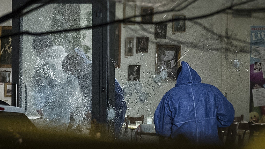 Shooting scene at Copenhagen cafe (Getty)