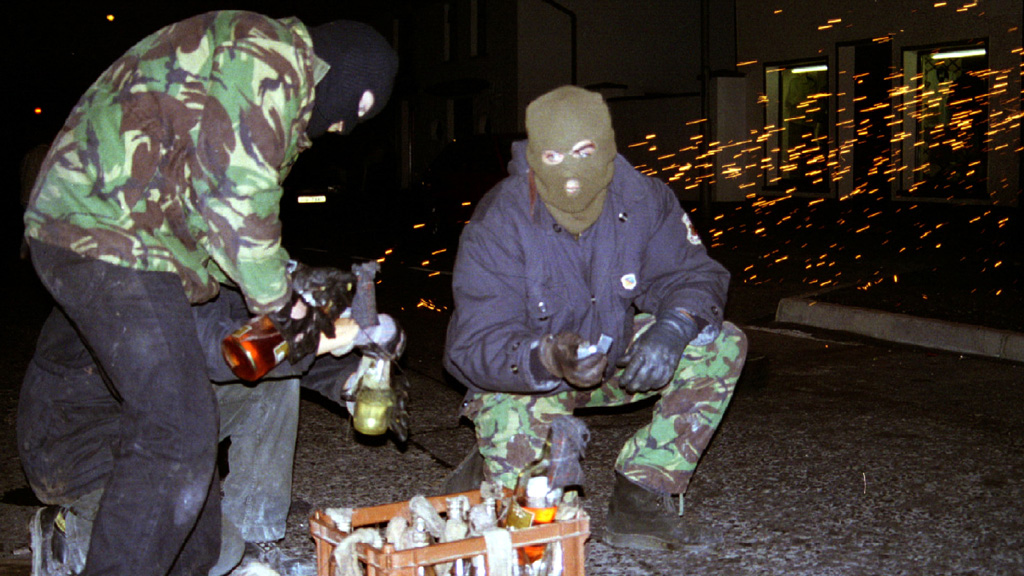 Republican terrorists prepare explosives (Reuters)