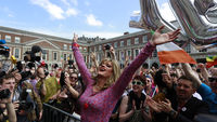 Voters celebrate Irish gay marriage referendum result (Reuters)