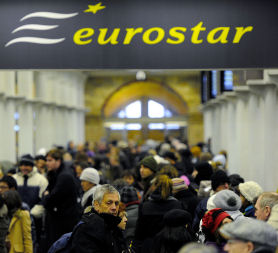 Eurostar passengers queuing for a second day (Reuters)