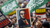 Egyptians demand Mubarak exit as crowds swarm Tahrir Square