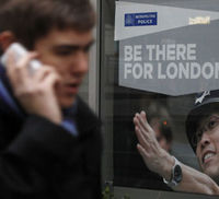 Police to contact potential phone hacking victims
