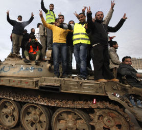 Libya crisis: anti-Gaddafi militias seize new towns (Reuters)
