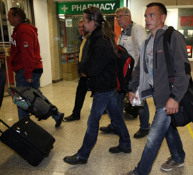 Libya: German passengers arrive home after being evacuated. (Reuters)