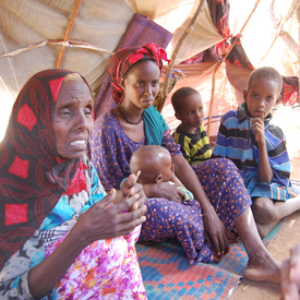 Somalis flee famine as drought grips east Africa