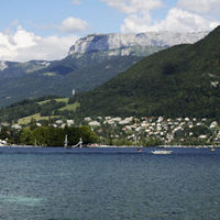 Four bodies found in Lake Annecy during search for just one victim (Getty)