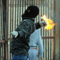 Petrol bombs thrown in second night of Belfast riots - Reuters