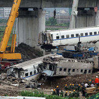 Train wreckage after the Zhejiang Province train crash (Getty)