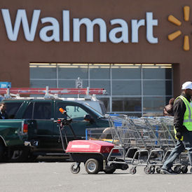 Walmart sex discrimination class action thrown out (Getty)