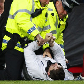 Fan arrested for attacking Celtic boss Neil Lennon - Reuters