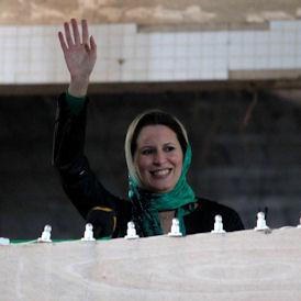 Libya: Gaddafi's daughter and wife cross into Tunisia