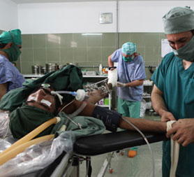 Doctors working Afghanistan's hospitals (Emergency)