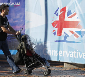 Child benefits plan unravelling, says Labour party (Reuters)
