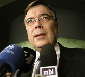 Iceland's former Prime Minister Geir Haarde faces negligence charges
