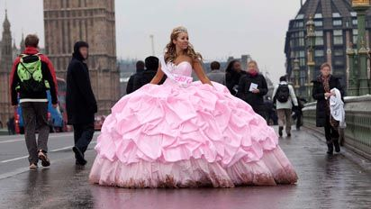 A gypsy bride in london channel 4 info press for Big gypsy wedding dresses for sale