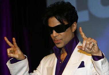 prince 380 Prince Gets BETs Lifetime Achievement Award